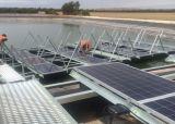 Premiér Babiš kritizuje solární tunel. Proč přesto jeho vláda podporuje vznik největší plovoucí solární elektrárny v Evropě?
