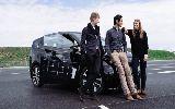 Výrobce sluncem poháněných elektromobilů akutně hledá nové investory