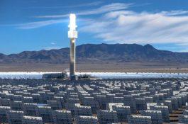 Souboj technologií: Proč zbankrotovala obří koncentrátorová solární elektrárna v americké poušti?