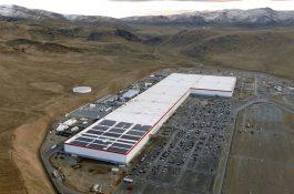 Tesla začíná stavět novou továrnu v Berlíně a rozšiřuje výrobu v USA