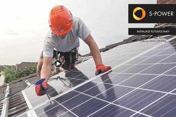 Pořizujete fotovoltaiku? Pozor na povinné úpravy elektroměrových sloupků