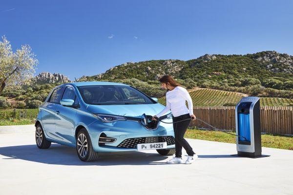 Akumulátory zelektromobilů Renault najdou uplatnění pro skladování energie ze slunce a větru
