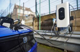 Honda nabídne nabíjení elektromobilů s optimálním využitím obnovitelných zdrojů