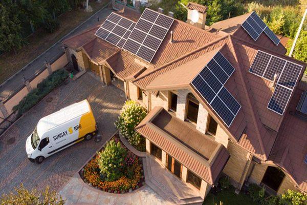 Vyplatí se udržitelná dlouhodobá investice do kvalitních technologií od SolarEdge a Canadian Solar?