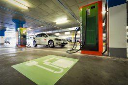 ABB uvedla do provozu 200. stanici pro dobíjení elektromobilů v České republice