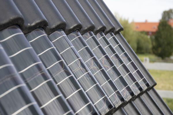 BENDERS SUNWAVE – už žádné ošklivé solární panely na Vaší střechu