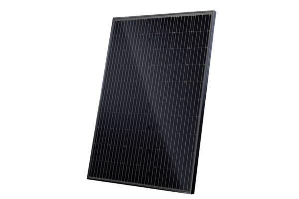 525 Wp+: Padl nový rekord ve výrobě vysoce výkonných solárních panelů