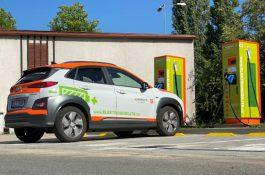 Na čerpacích stanicích Shell nově najdete i rychlonabíječky pro elektromobily