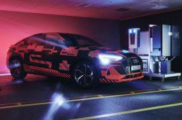 Vehicle2Home: Audi testuje elektromobil jako součást domácí solární elektrárny