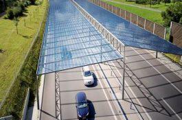 Projekt PV-SÜD: Vědci testují dálnici zastřešenou fotovoltaickými panely vpraxi