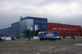 Živě zHE3DA (1): Kamion napájený bateriemi, letadlo, kataraman a nová řada akumulátorů