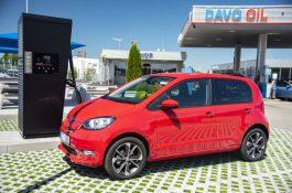 První město vČesku nabízí dotací občanům na pořízení elektromobilu