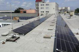 Chytrá optimalizace výroby a vyšší bezpečnost elektrárny na střeše dealera Škody