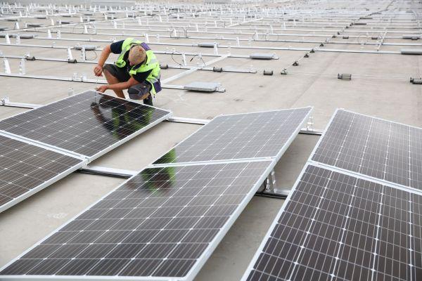 Jednoduchý, flexibilní a bezpečný systém fotovoltaických konstrukcí PMT EVO 2.0