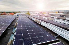 Škoda investuje do nové hybridní fotovoltaické elektrárny