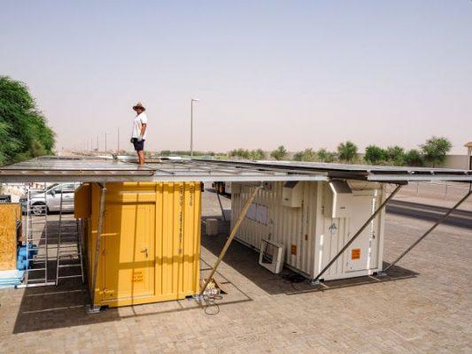 Akademici připravují spuštění systému na výrobu vody pomocí fotovoltaických panelů