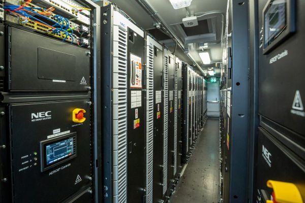Aktuálně: Po úspěšném testování přechází největší česká baterie přechod do komerčního provozu