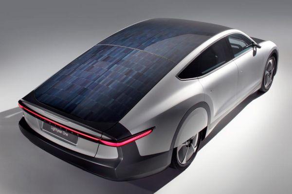 Lightyear letos zahájí výrobu solárního elektromobilu