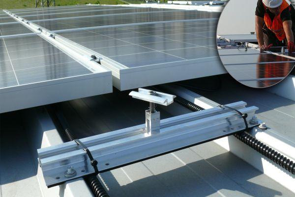 Pro více obnovitelných zdrojů ze střechy: Memodo a K2 Systems uzavřeli spolupráci