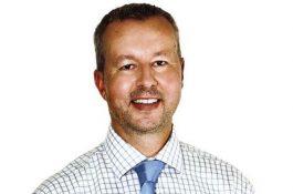 Ministr Brabec (MŽP): Start nových dotací pro solární elektrárny a baterie se blíží