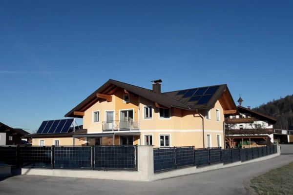 Next2Sun uvádí na trh bifaciální fotovoltaický plot