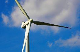 2021: Desetkrát výkonnější větrné elektrárny než před 16 lety?