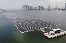 Unikátní projekt: V Indonésii se postaví největší plovoucí solární elektrárnu na světě sakumulací o kapacitě 4 GWh